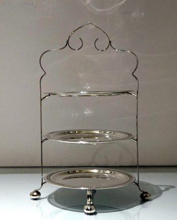 cake stand