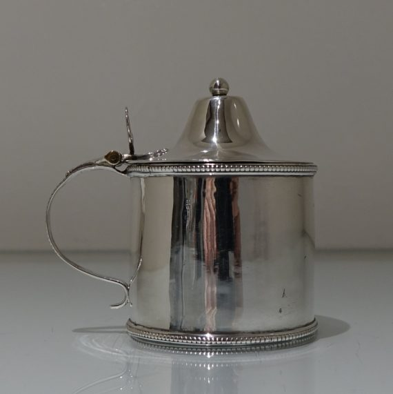 mustard pot