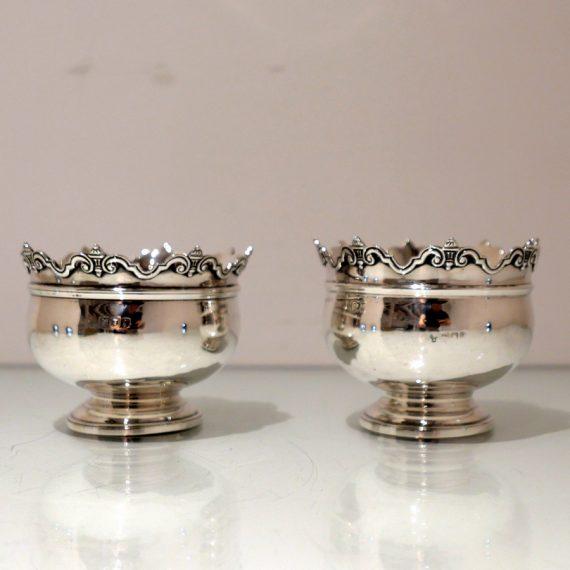 pair bowls